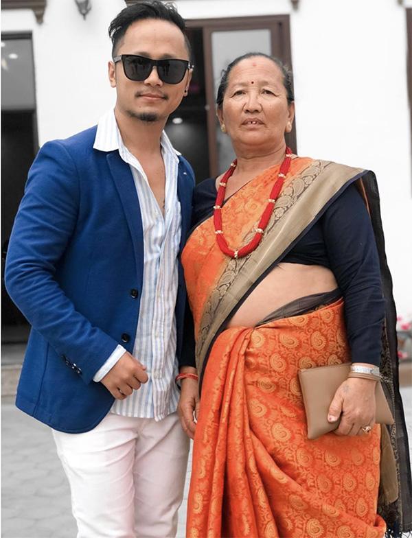 Chhewang Lama with his mom