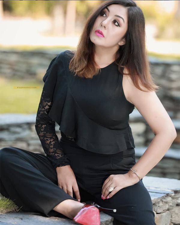 Karishma Manandhar Photo