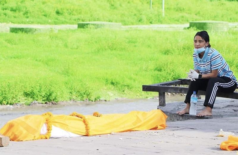 Sapana Roka with dead body